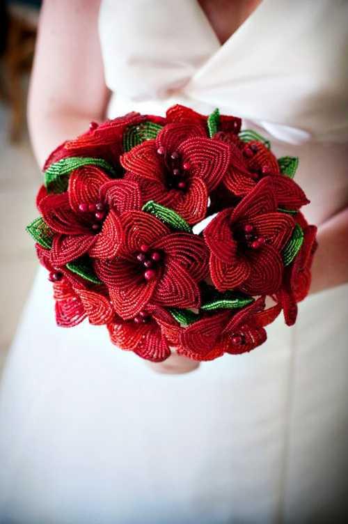 Свадебные букеты из бисера: фото и видео