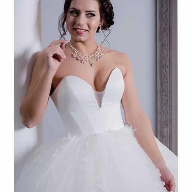 Свадебное вдохновение: 10 видов декольте