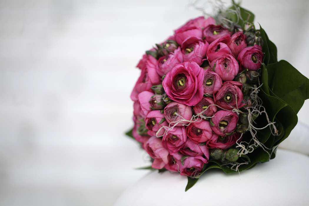 Ранункулюс букет невесты - варианты композиций и сочетания с другими цветами, фото